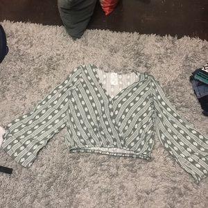 Flared shirt elastic at the bottom
